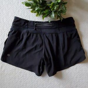 Lululemon sz 6 running shorts lined
